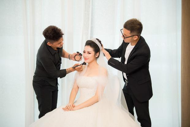 Đến đám cưới Bảo Thy là có thể khẳng định: Hầu hết các cô dâu showbiz Việt đều đu theo xu hướng trang điểm tông cam - ảnh 6