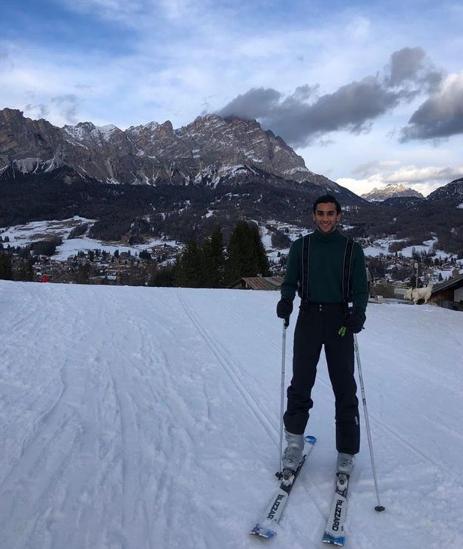 Ông chủ nhà trọ hoàng gia đầu tiên trên Airbnb: 'Rich kid' quý tộc Ấn Độ, 21 tuổi sở hữu 2,8 tỷ USD, cho thuê phòng trong cung điện giá 8.000 USD/đêm - ảnh 6