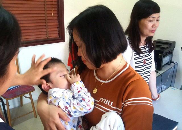Sự thật bất ngờ bé trai 3 tuổi ở Hải Dương bị bỏ rơi trước cửa nhà dân - ảnh 4