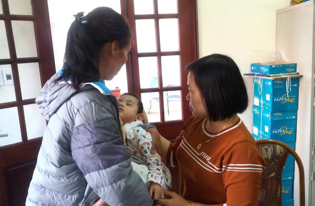 Sự thật bất ngờ bé trai 3 tuổi ở Hải Dương bị bỏ rơi trước cửa nhà dân - ảnh 5