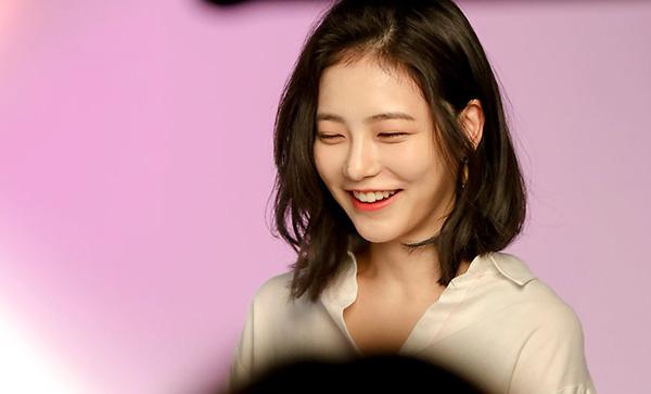 Nữ diễn viên tân binh thành hiện tượng MXH chỉ với 2 bức ảnh thi audition ở JYP, nữ thần kế nhiệm Suzy là đây? - ảnh 8