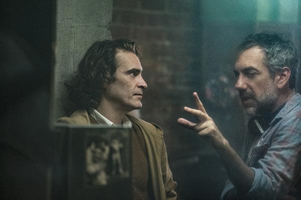 Vừa cán mốc tỉ đô, Warner Bros mạnh mồm xác nhận làm Joker 2: Tiết lộ gã hề sẽ đối đầu trai đẹp Robert Pattinson? - Ảnh 4.