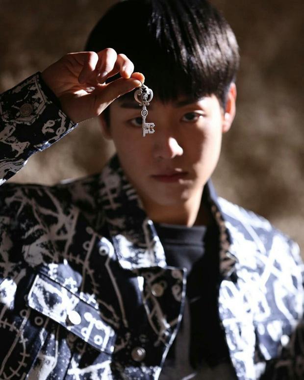 4 ngôi trường trong mơ chỉ có trong phim Hàn: Chủ yếu là tràn bờ đê trai đẹp từ thầy cho đến học sinh! - Ảnh 13.