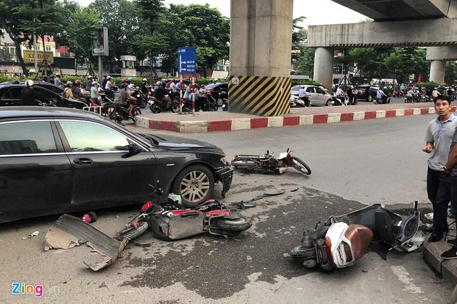 Nhìn lại những nữ tài xế lái ô tô gây tai nạn thương tâm, nhiều người rút ra thông điệp: Không cao gót, không sai sót chân ga! - Ảnh 4.