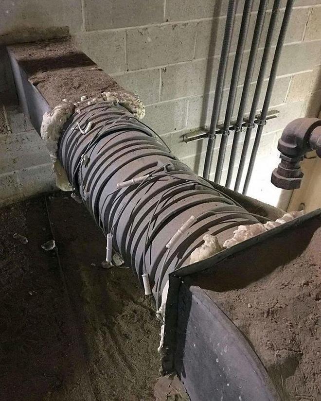 [Chùm ảnh] Internet chết cười với anh thợ điện nước làm ăn chẳng ra sao nhưng bao biện thì lại rất giỏi - ảnh 18