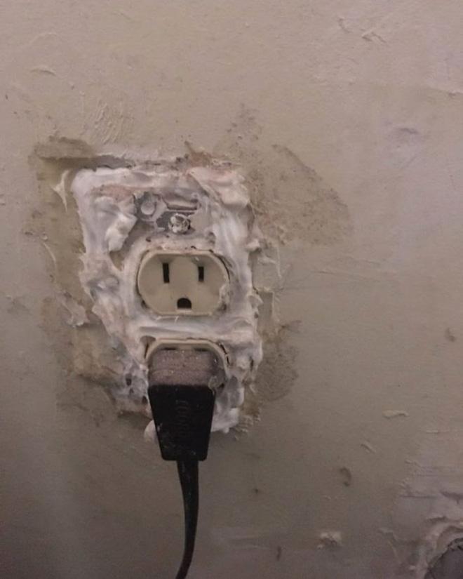 [Chùm ảnh] Internet chết cười với anh thợ điện nước làm ăn chẳng ra sao nhưng bao biện thì lại rất giỏi - ảnh 26