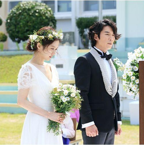 10 cô dâu đẹp nhất trên màn ảnh: Lưu Diệc Phi trong sáng thuần khiết, Jun Ji Hyun kiêu sa sang chảnh - Ảnh 14.