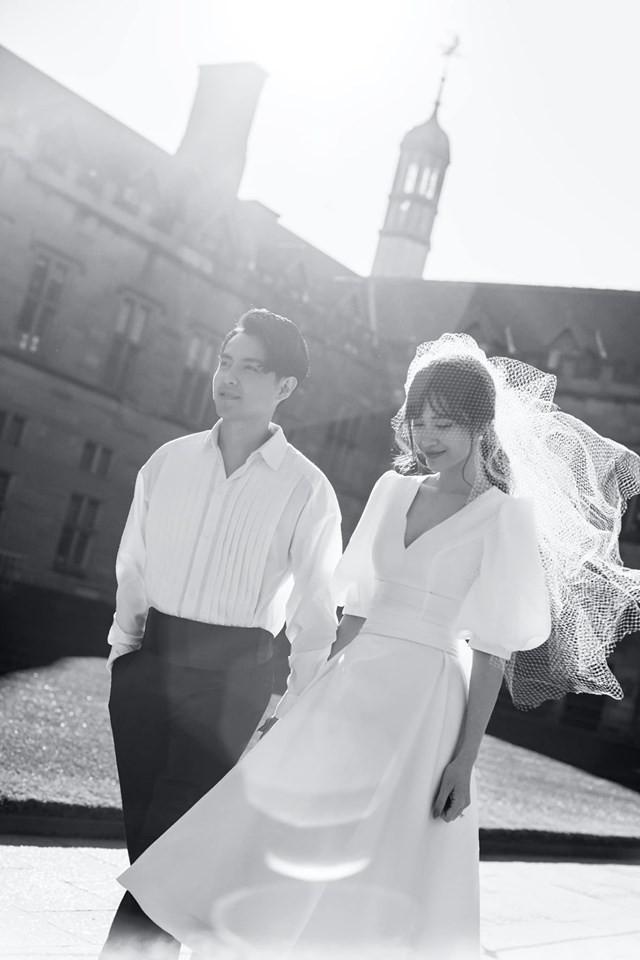 Showbiz rần rần đón tin hỷ, ngắm lại loạt ảnh cưới cực đỉnh của dàn sao Việt mà chỉ muốn lên xe hoa ngay và luôn - Ảnh 3.