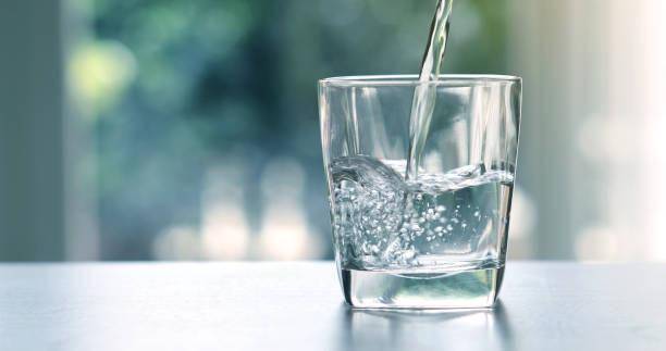 Uống nhiều nước có lợi cho sức khỏe, nhưng nếu chọn sai cốc thì lại có thể gây hại cho cơ thể ngay - ảnh 6