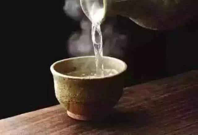Khát khô cổ uống nước lạnh vẫn không giải tỏa được cơn khát, đó là vì bạn chưa thử uống sữa mà thôi - ảnh 3