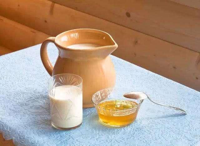 Khát khô cổ uống nước lạnh vẫn không giải tỏa được cơn khát, đó là vì bạn chưa thử uống sữa mà thôi - ảnh 4