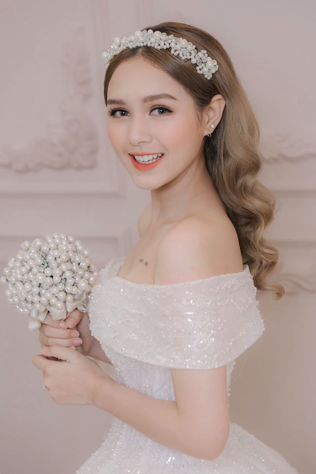 Chị dâu 10x của Diệp Lâm Anh: Nhan sắc xinh như hot girl, là gương mặt quen thuộc trong các MV ca nhạc, phim sitcom - Ảnh 4.