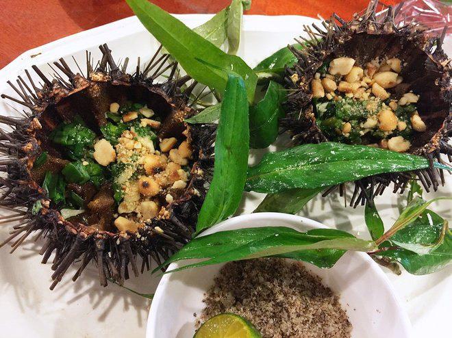 Đến dự đám cưới Đông Nhi - Ông Cao Thắng nhưng nếu ăn nhà hàng chưa đã thì quan viên hai họ có thể tham khảo ngay foodtour này - Ảnh 5.