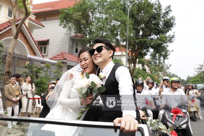 Bao nhiêu lần làm đám cưới giả trên sân khấu, hôm nay Đông Nhi - Ông Cao Thắng chính thức trở thành cô dâu chú rể hạnh phúc nhất showbiz rồi! - ảnh 4