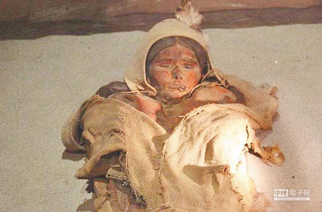 Lâu Lan: Vương quốc cổ thần bí giữa lòng sa mạc Trung Quốc và sự biến mất không lời giải đáp trong hàng nghìn năm qua - ảnh 2