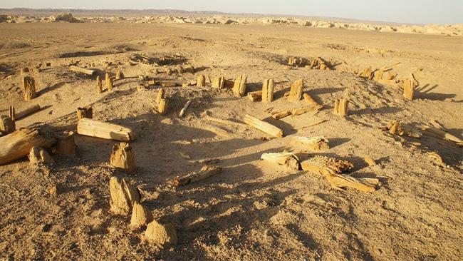 Lâu Lan: Vương quốc cổ thần bí giữa lòng sa mạc Trung Quốc và sự biến mất không lời giải đáp trong hàng nghìn năm qua - ảnh 3