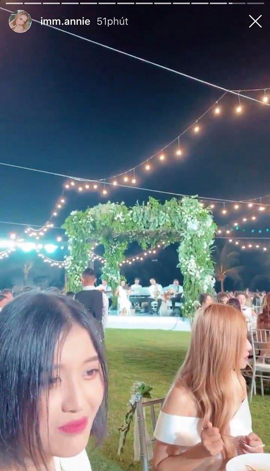 Cận cảnh các món ăn và không gian tiệc cưới sang trọng của Đông Nhi - Ông Cao Thắng: phục vụ chuẩn châu Âu, dàn sao Vbiz check-in ngập MXH - Ảnh 21.