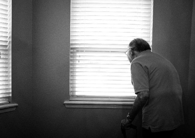 Sợ phải sống cô đơn không ai trò chuyện, người đàn ông sinh hoạt với thi thể của bố suốt gần 1 tháng và căn bệnh đáng sợ của xã hội Nhật - ảnh 2