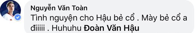 Văn Toàn cà khịa màn bẻ cổ đối thủ của Văn Hậu ở SEA Games 30 - ảnh 1