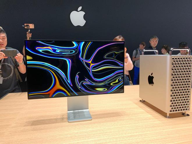 Đẳng cấp của Apple: Một cái bánh xe giá hơn 9 triệu, khăn lau màn hình cũng phải 7749 bước để vệ sinh cho sạch - ảnh 1