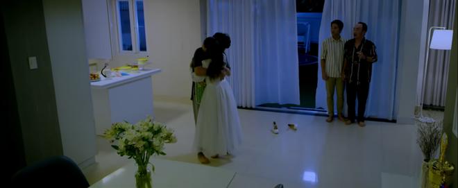 Anh trai yêu quái Kiều Minh Tuấn bị hói già Tiến Luật cưỡng hôn ở parody MV gây sốt của chị Mỹ Tâm - Ảnh 13.