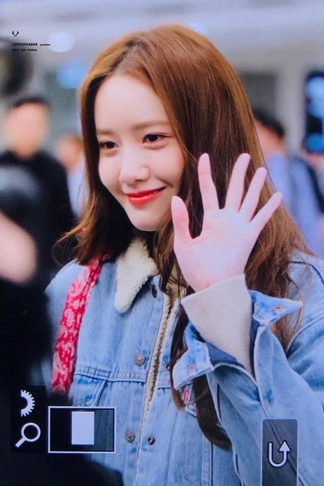 Nữ thần Yoona khoe sắc tại sân bay: Ăn mặc đơn giản mà sao xinh quá đỗi, ảnh fan chụp thôi mà đẹp tựa cảnh phim - ảnh 11