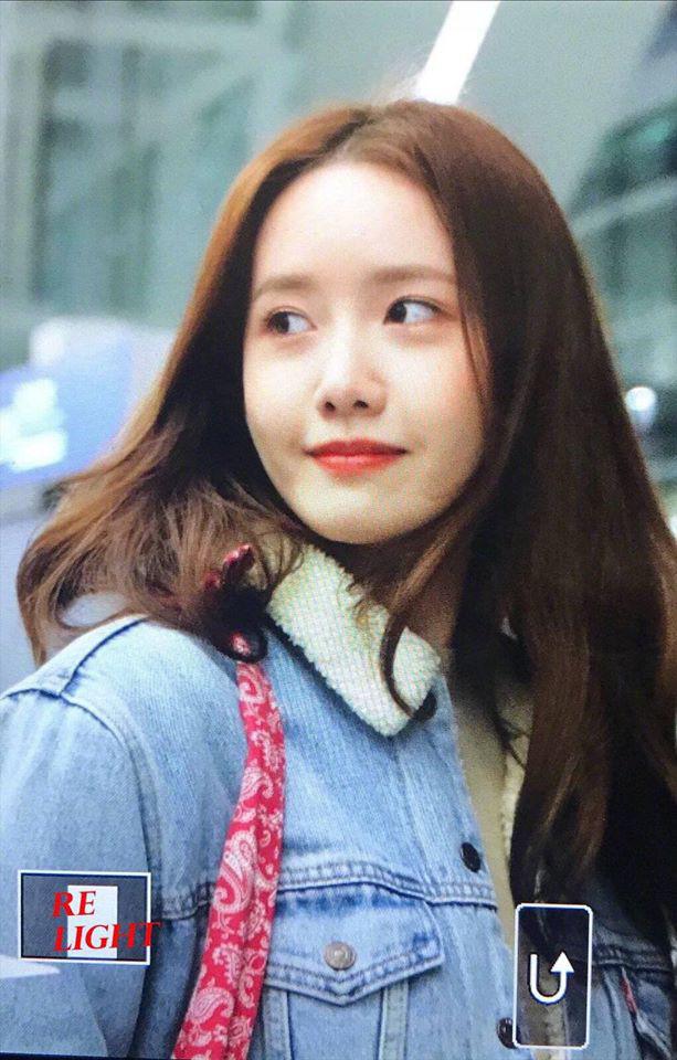 Nữ thần Yoona khoe sắc tại sân bay: Ăn mặc đơn giản mà sao xinh quá đỗi, ảnh fan chụp thôi mà đẹp tựa cảnh phim - ảnh 10