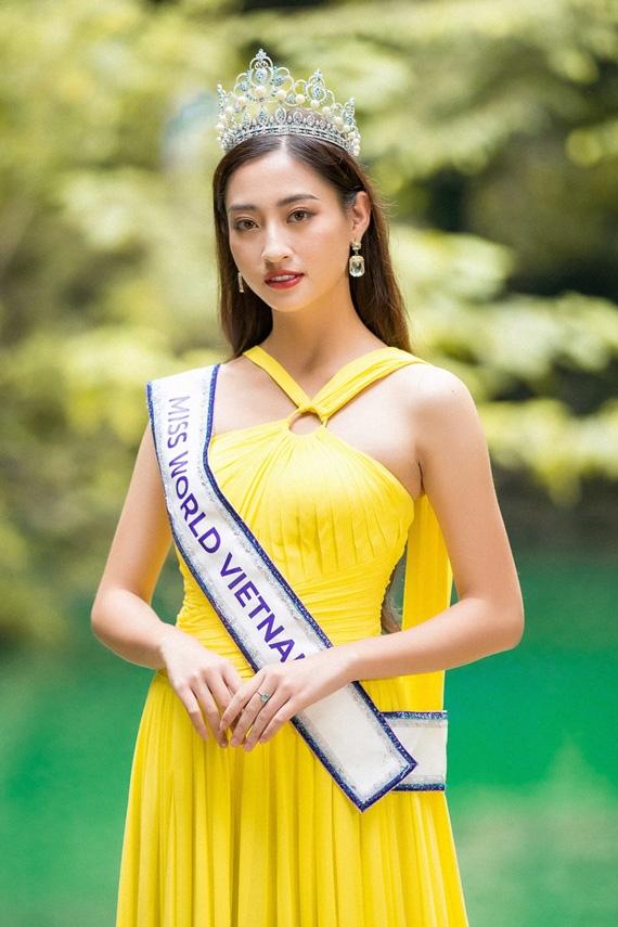 Lương Thuỳ Linh lọt top 12 Miss World 2019, gọi Ngoại thương là trường đào tạo Hoa hậu đỉnh nhất Việt Nam được chưa! - Ảnh 1.