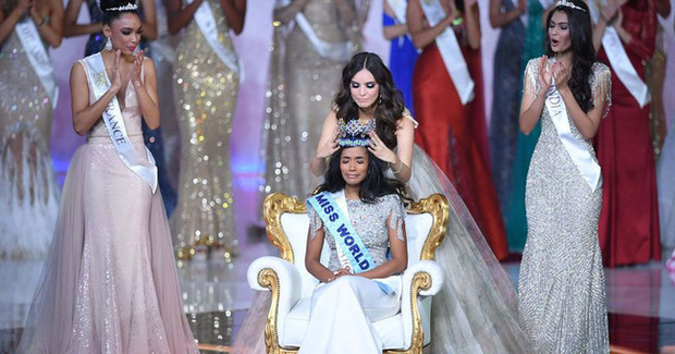 Dừng chân tại Top 12, Lương Thùy Linh dành lời đầu tiên cho Tân Miss World 2019 - Ảnh 1.