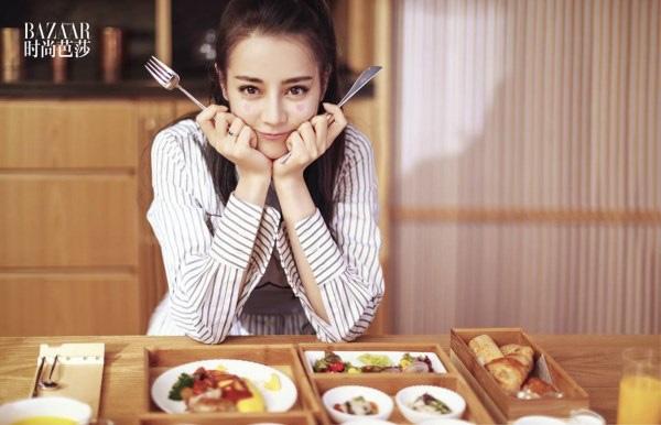 Quy tắc ăn uống giữ dáng khắc nghiệt của dàn sao Cbiz: người chỉ dám ăn 1 cọng mì, kẻ dành tới 2 năm để ăn dưa chuột và trứng - ảnh 7