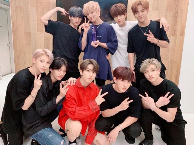Các nhóm nhạc và ngôi sao Kpop nổi tiếng nhất năm 2019 trên Tumblr: BTS thống trị tất cả, BLACKPINK là girlgroup nổi bật nhất - ảnh 2