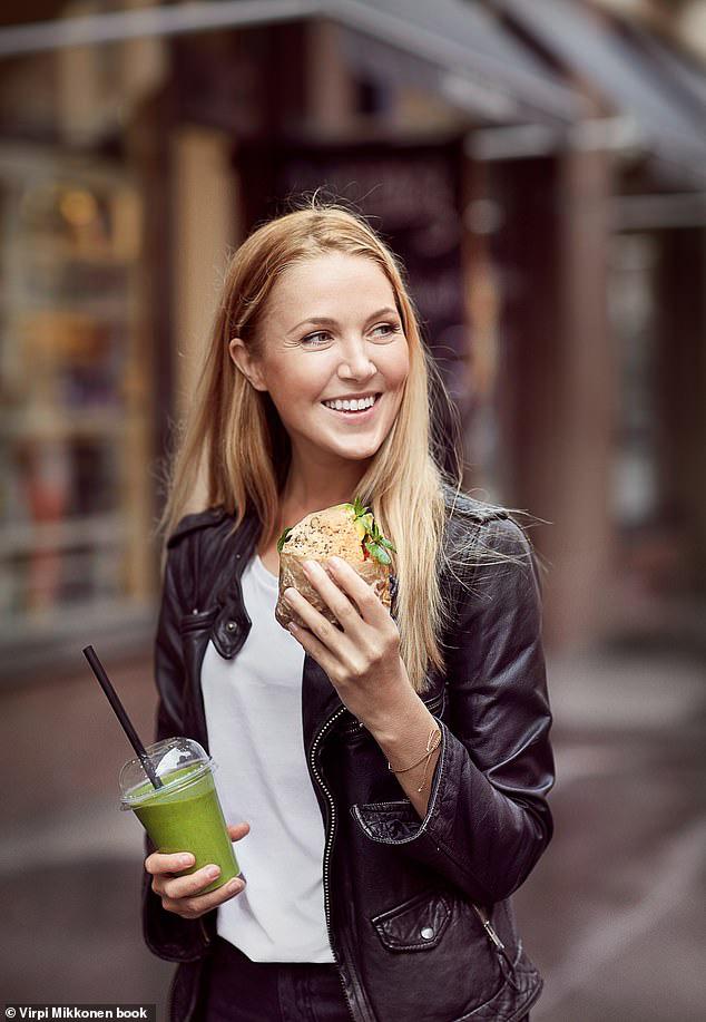 Nữ blogger Phần Lan chia sẻ chế độ ăn thuần chay đã khiến cô mất kinh nguyệt và gặp phải nhiều vấn đề sức khỏe - ảnh 12