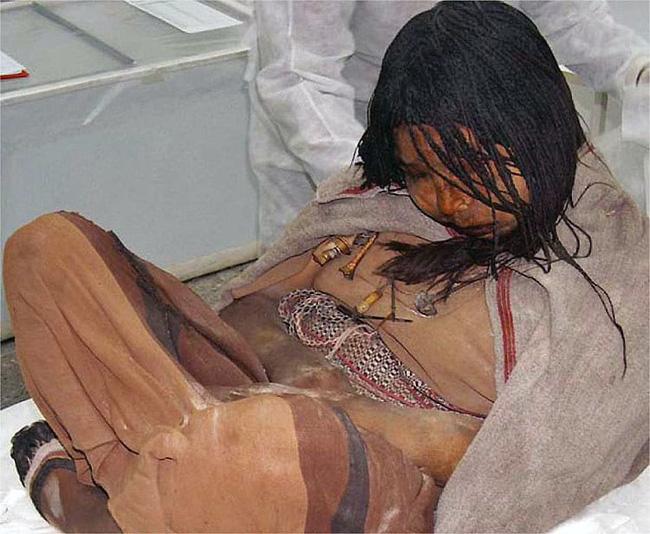 Được chọn hiến tế cho Thần Mặt Trời, 500 năm sau thiếu nữ người Inca trở thành một trong những xác ướp nổi tiếng nhất thế giới - ảnh 3