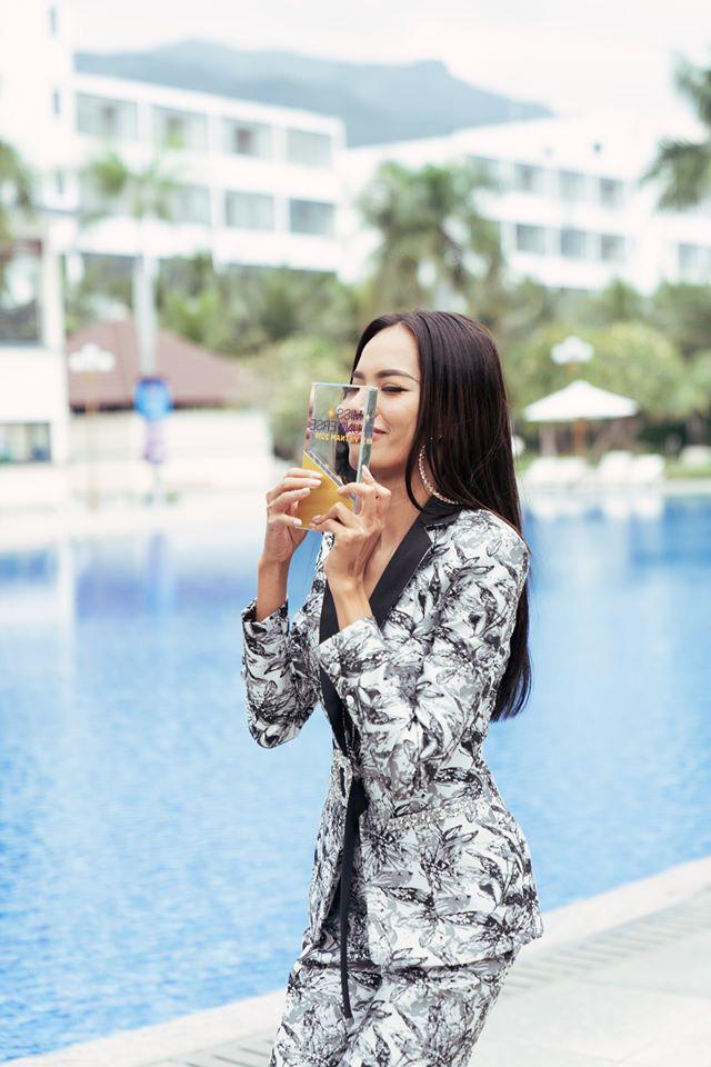 Lê Hoàng Phương thắng giải Best Face - ứng cử viên 5000 máu cho ngôi vị Hoa hậu tối nay đã lộ diện! - ảnh 1