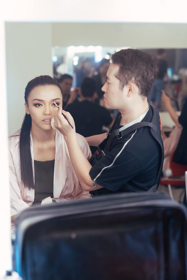 Đột nhập hậu trường Hoa hậu Hoàn vũ Việt Nam trước giờ G chung kết: Top 45 đã sẵn sàng bùng nổ để chinh phục vương miện - ảnh 6