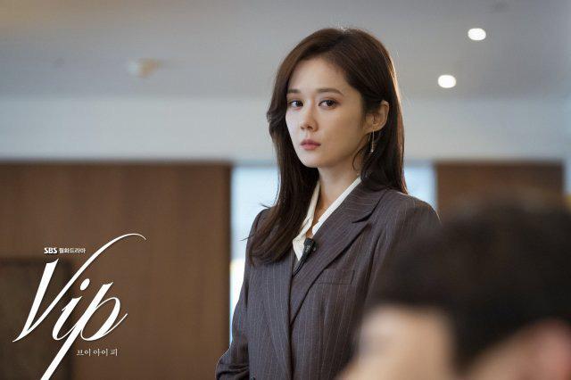 Review Vị Khách Vip: Kì án ngoại tình hấp dẫn nhất màn ảnh Hàn, tóm được tiểu tam lại thấp thỏm chờ Jang Nara trả thù - ảnh 5