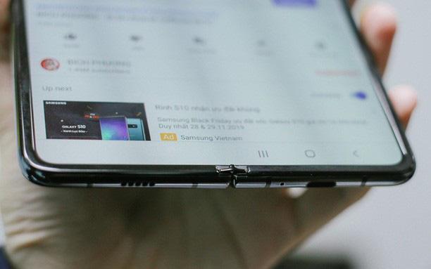 Giá 50 triệu đắt hơn cả iPhone 11 Pro Max, vì sao Galaxy Fold vẫn cháy hàng ở Việt Nam và ai là người mua? - ảnh 3