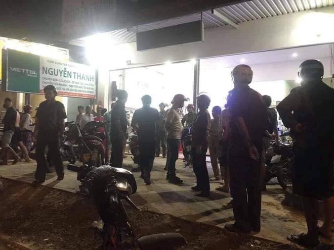 Chủ tiệm điện thoại bất ngờ bị chém nhiều nhát khi đang xem trận U22 Việt Nam - Campuchia - ảnh 2