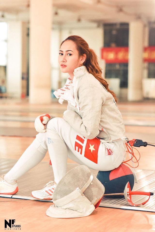 Ngây ngất trước vẻ đẹp vạn người mê của nữ VĐV đấu kiếm vừa đem về huy chương bạc cho Việt Nam - ảnh 7