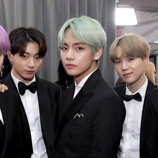 Sau Grammy 2019, nhân vật cậu tóc nâu và chàng trai tóc bạc hà bỗng được netizen quốc tế lùng sục gắt gao - Ảnh 11.