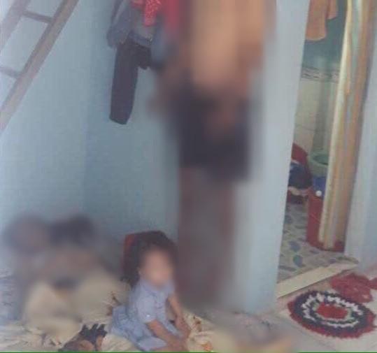 Chồng nghi sát hại vợ rồi tự tử, bỏ lại con nhỏ khóc ngất bên thi thể cha mẹ trong phòng trọ ở Đồng Nai - Ảnh 1.