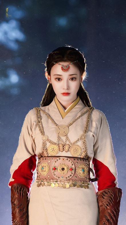 Fan Đông Cung tranh cãi vì cặp mắt to như... con ốc của nữ chính Bành Tiểu Nhiễm - Ảnh 14.