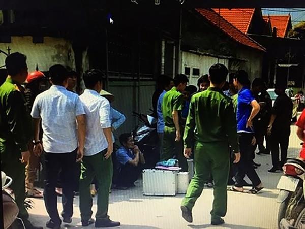 Hà Tĩnh: Tá hỏa phát hiện người phụ nữ tử vong bất thường với vết cứa ở cổ và tay, nghi bị sát hại - Ảnh 1.