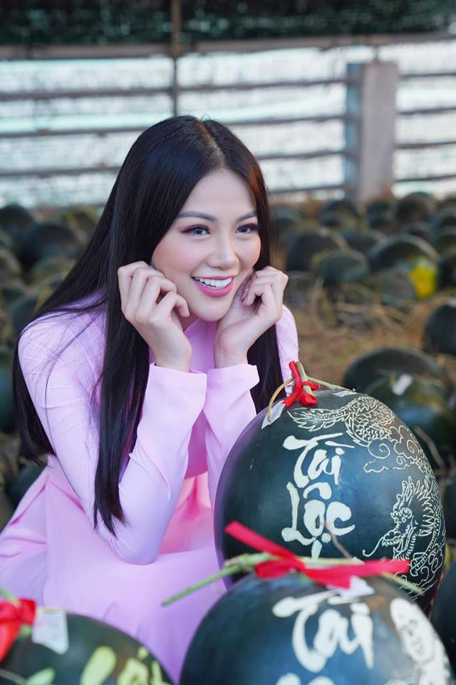 Áo dài và Tết Việt cùng Phương Khánh xuất hiện rực rỡ trên fanpage Miss Earth đúng ngày đầu năm mới - ảnh 2