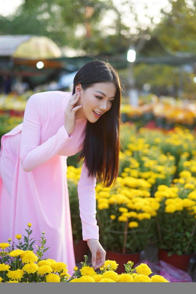 Áo dài và Tết Việt cùng Phương Khánh xuất hiện rực rỡ trên fanpage Miss Earth đúng ngày đầu năm mới - ảnh 3