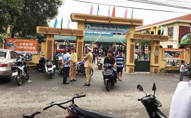 Nghi ăn phải thịt lợn nổi đầy hạch trắng, 400 trẻ mầm non Bắc Ninh xuống Hà Nội xếp hàng xét nghiệm sán lợn - Ảnh 4.