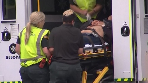 Xả súng đẫm máu tại nhà thờ New Zealand: Kẻ thủ ác livestream từ đầu đến cuối, hàng chục người bị thương - ảnh 6