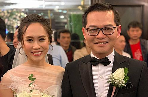 NSND Trung Hiếu tiếp tục làm lễ cưới với bà xã kém 19 tuổi ở Thái Bình - ảnh 1