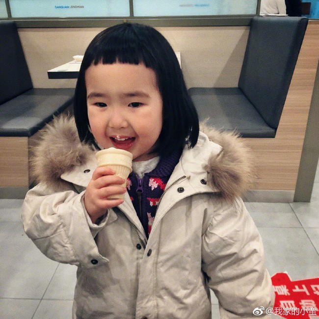 Cô bé thánh ăn ngày nào từng khiến hàng triệu bố mẹ khao khát giờ đây gây sốt với vẻ ngoài lung linh và vẫn ăn cả thế giới - ảnh 8