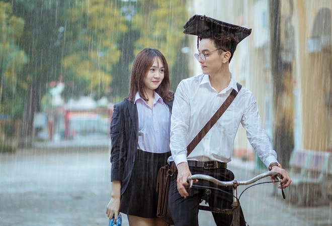 Em họ siêu mẫu Việt phá đảo hội mê trai đẹp với chiều cao 1m85, gương mặt cực khôi ngô - ảnh 6